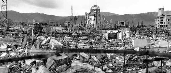 Následky po svržení Atomomové bomby USA na Hirošimu v roce 1945