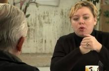 Ilona Švihlíkova a Jíří Svoboda v debatním klubu